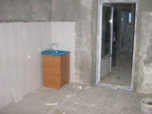 Демонтаж кухонного оборудования и покрытий