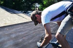 Укладка рубероида на <u>укладка стеклоизола на старый стеклоизол</u> крышу гаража