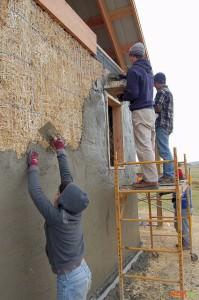 Оштукатуривание наружных стен