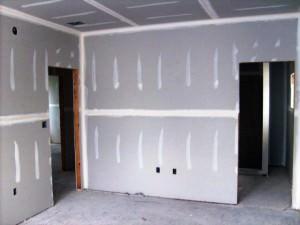 Черновой вариант помещения с гипсокартонными стенами