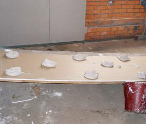 Гипсокартон на стены без каркаса — пошаговая инструкция монтажа