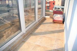Как сделать пол на балконе — пошаговая инструкция