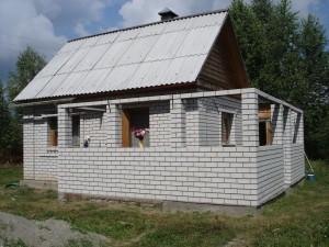 Пристройка к дому из пеноблоков — поэтапный процесс