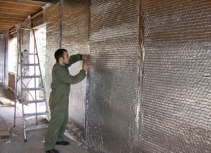 Утеплитель для стен фольгированный