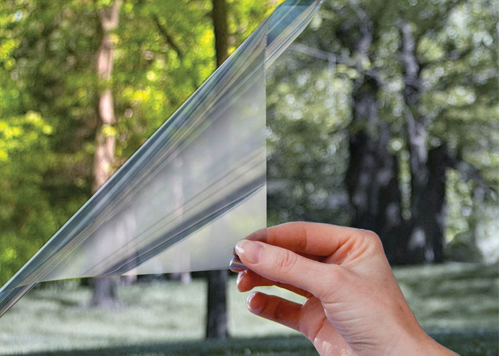 Тонировочная пленка для окна солнцезащитная